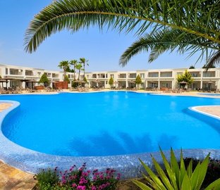 Swimming pool VINCCI COSTA GOLF  Chiclana